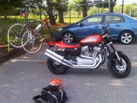 Harley Davidson XL with 2x2 Rack and Towers
